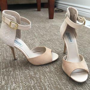 STEVE MADDEN Peep Toe Ankle Strap Heels